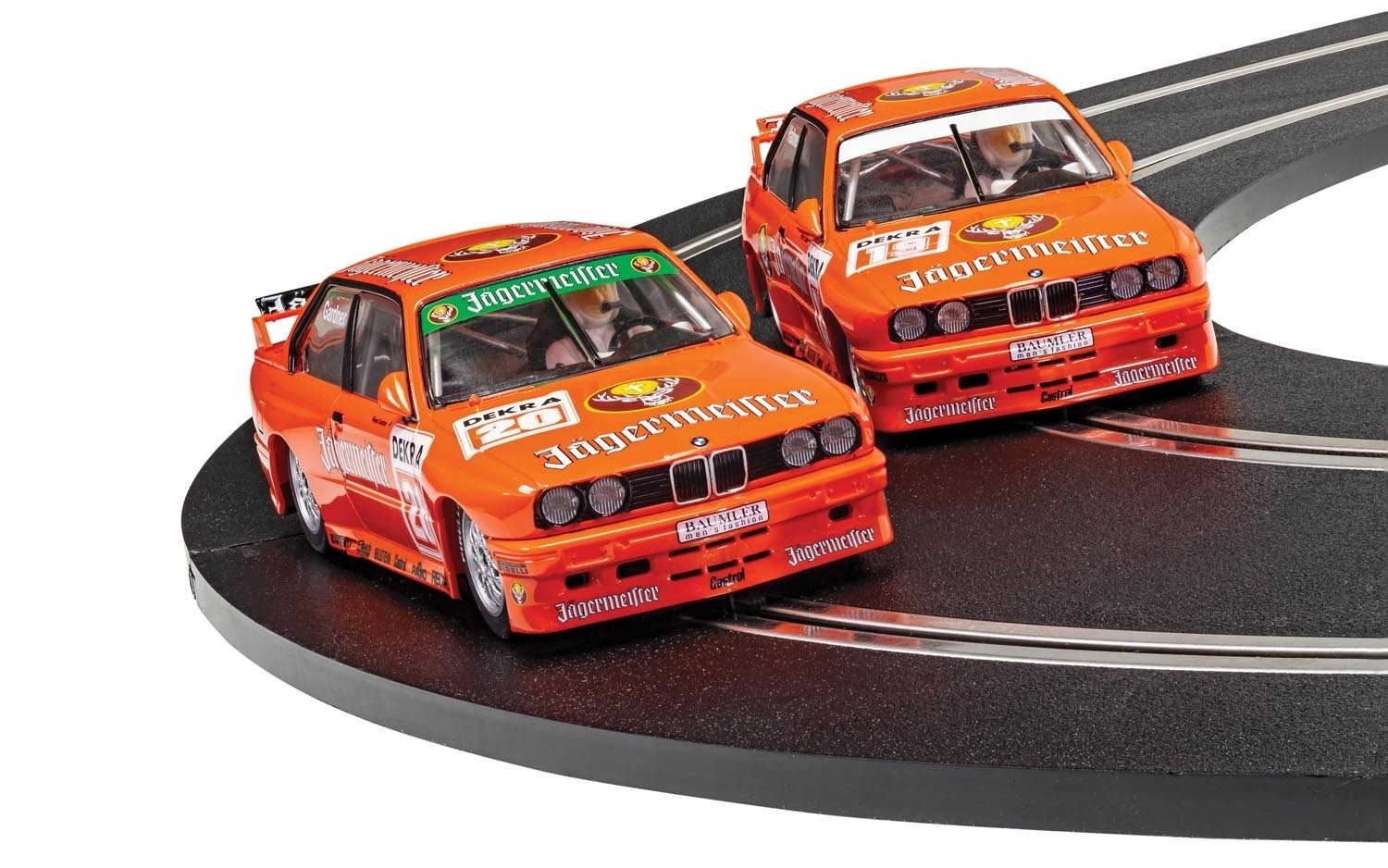 BMW E30 M3 - TEAM JAGERMEISTER TWIN PACK